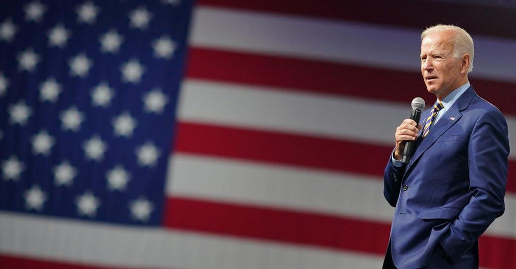 Biden propone legislación para inmigrantes