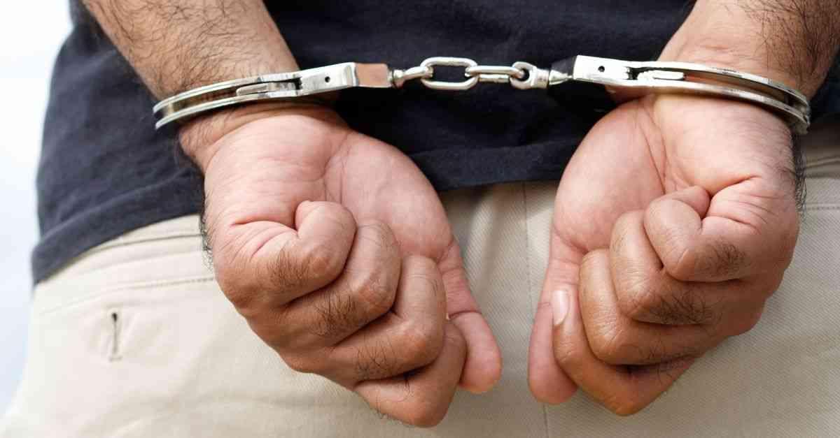 Múltiples arrestos por violencia durante vacaciones de primavera