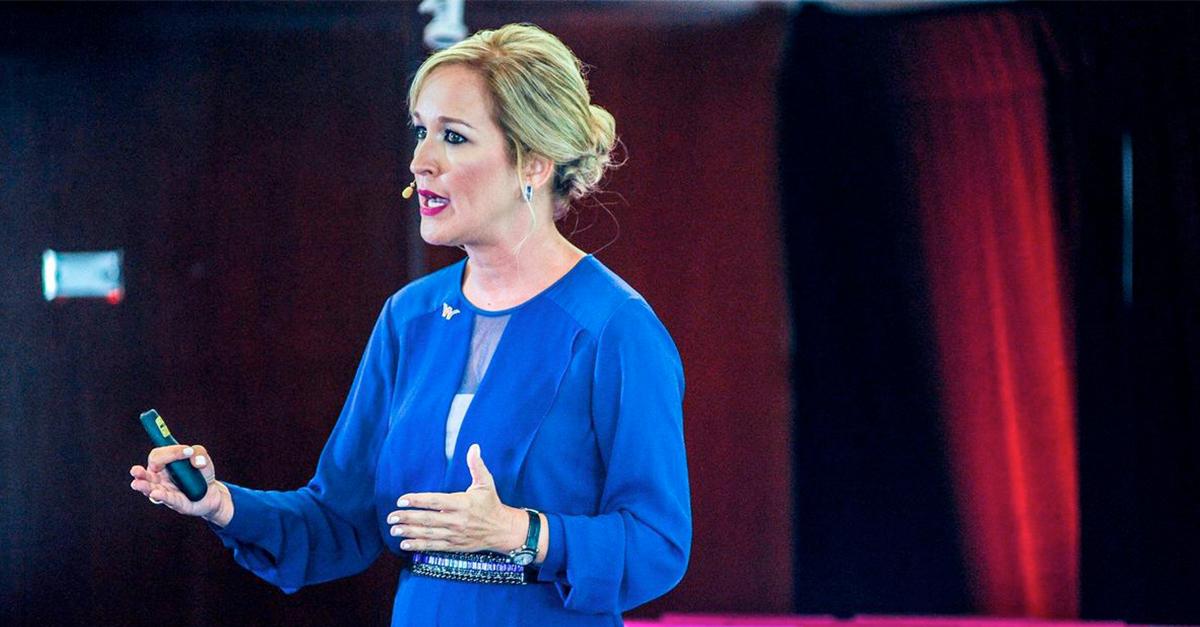 mujeres en puestos liderazgo