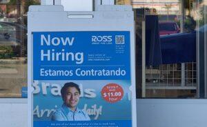 Dueños de negocios preocupados por la falta de empleados