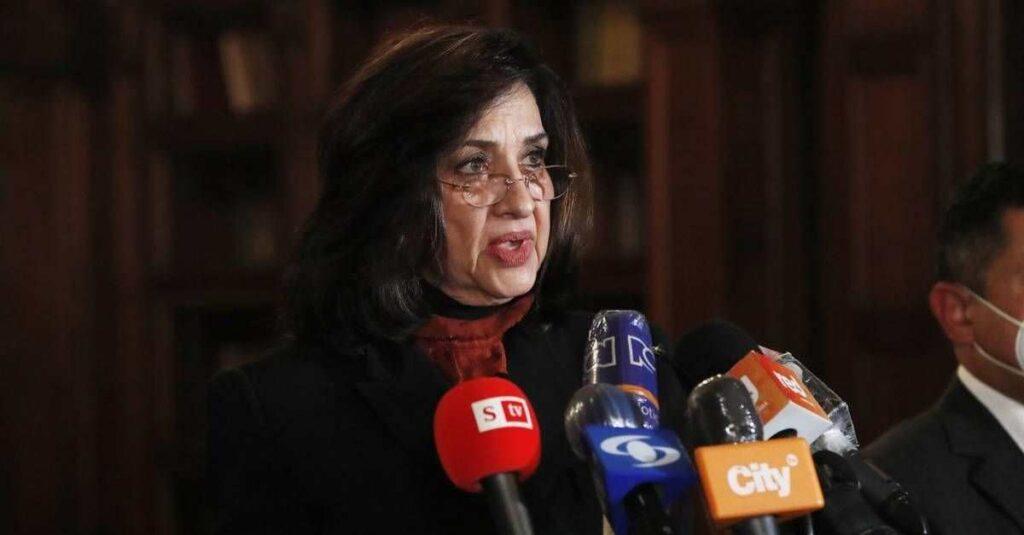 Claudia Blum renuncia a la Cancillería en Colombia