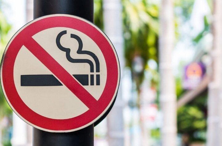 Discuten prohibición del cigarro