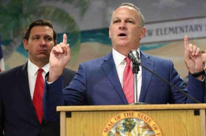 Florida: bloqueo de fondos a distritos por uso obligatorio de mascarillas
