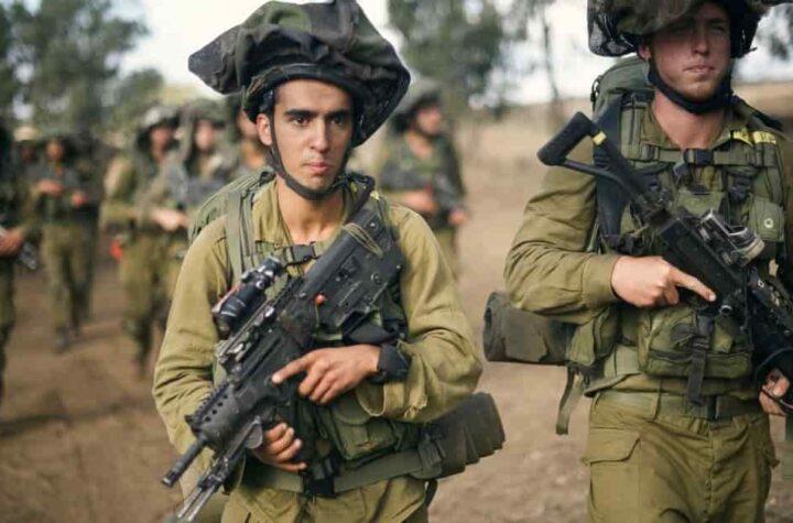 Israel atacó a objetivos en Hamás después de los ataques con cohetes de Gaza